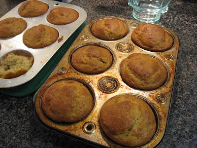 ... - Gingerlemongirl.com: Whole Grain Banana Nut Muffins (Gluten Free