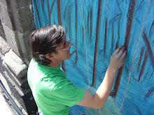 ...pintando unas rayas...
