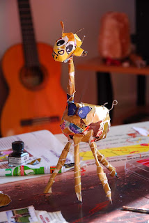 girafe papier maché illustratrice illustration