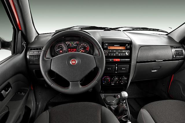 2011 fiat strada sporting dashboard view 2011 Fiat Strada Sporting