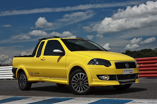 2011 fiat strada sporting front side view 2011 Fiat Strada Sporting