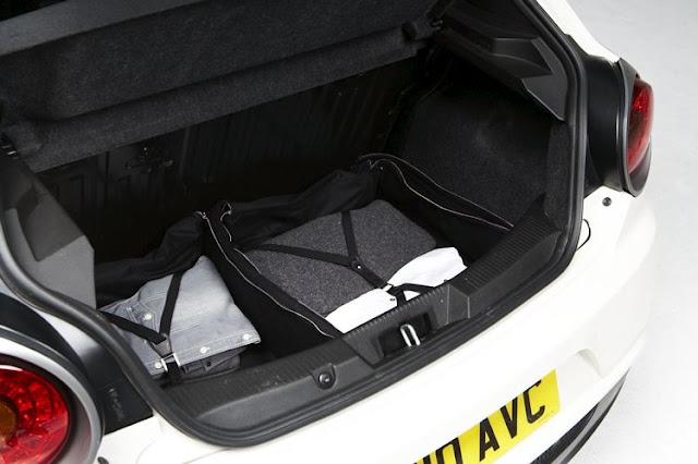 2011 alfa romeo mito bags concept luggage view 2011 Alfa Romeo MiTo Bags