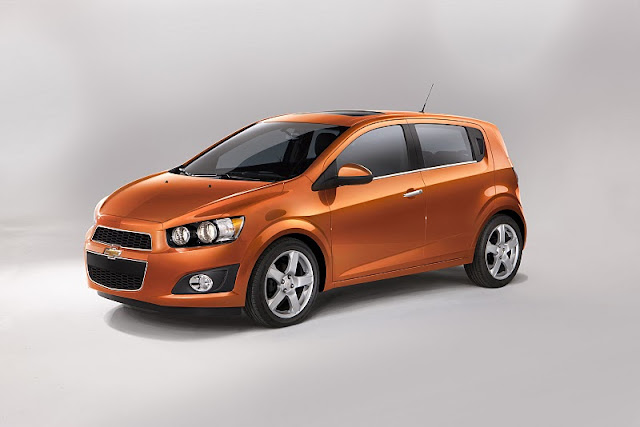 2012 chevrolet sonic hatchback front side view 2012 Chevrolet Sonic Hatchback