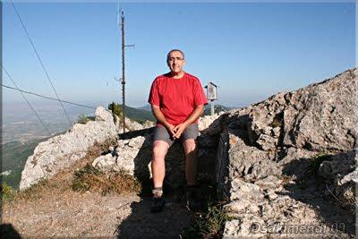 San León mendiaren gailurra 1.228 m. --  2009ko abuztuaren 5ean