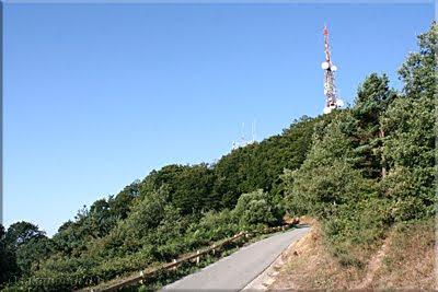 Carretera de acceso a las antenas