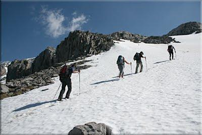La nieve, compañera hasta la cima