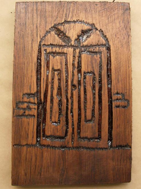 Trabalhos de entalhe na madeira