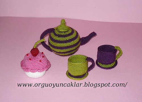 [crochet+tea,+cup,+cupcake]