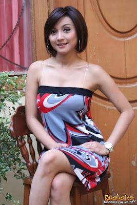 artis panas dan seksi indonesia