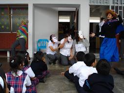 Los profesores2 dramatizan cuentos