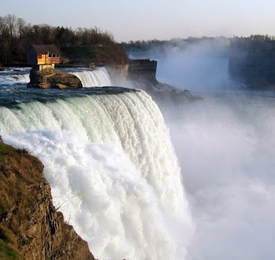 famous waterfall pictures