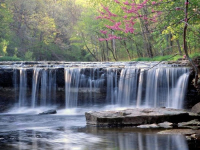 beautiful waterfall photography