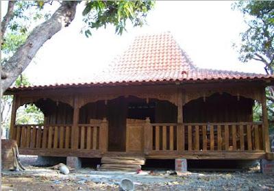 http://4.bp.blogspot.com/_IVj_28OJsOU/S7bhaYSOOxI/AAAAAAAAAG8/rKkFRMzOYD4/s1600/rumah-jawa.jpg