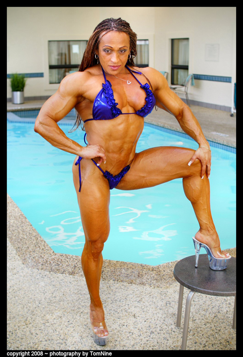 Female Muscle Building