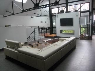 Maison moderne en l mezzanine charpente apparente poutrelles metalliques d - Les plus beaux lofts ...