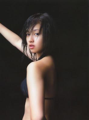 Erika Sawajiri_23