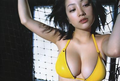 Minako Komukai_2