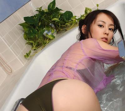 Rina Akiyama_24