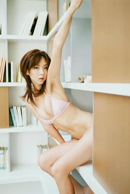Aki Hoshino_61