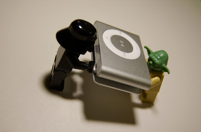 Yoda, Darth and a shuffle by yinyang from flickr (CC-NC-ND)