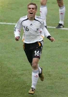 Lahm sera el capitan de Alemania