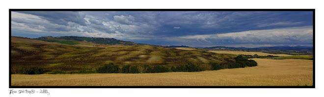 Panoramica con Volterra sullo sfondo