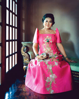 Philippines Dress, Maria Clara Dress Philippines, Filipiniana Dress, Diamond Dress, Filipino Fashion, Barong, Traditional Dresses, Asian Beauty, Evening Gowns Find this Pin and more on FILIPINO TRADITIONAL COSTUME by nellie lacanaria - viloria.