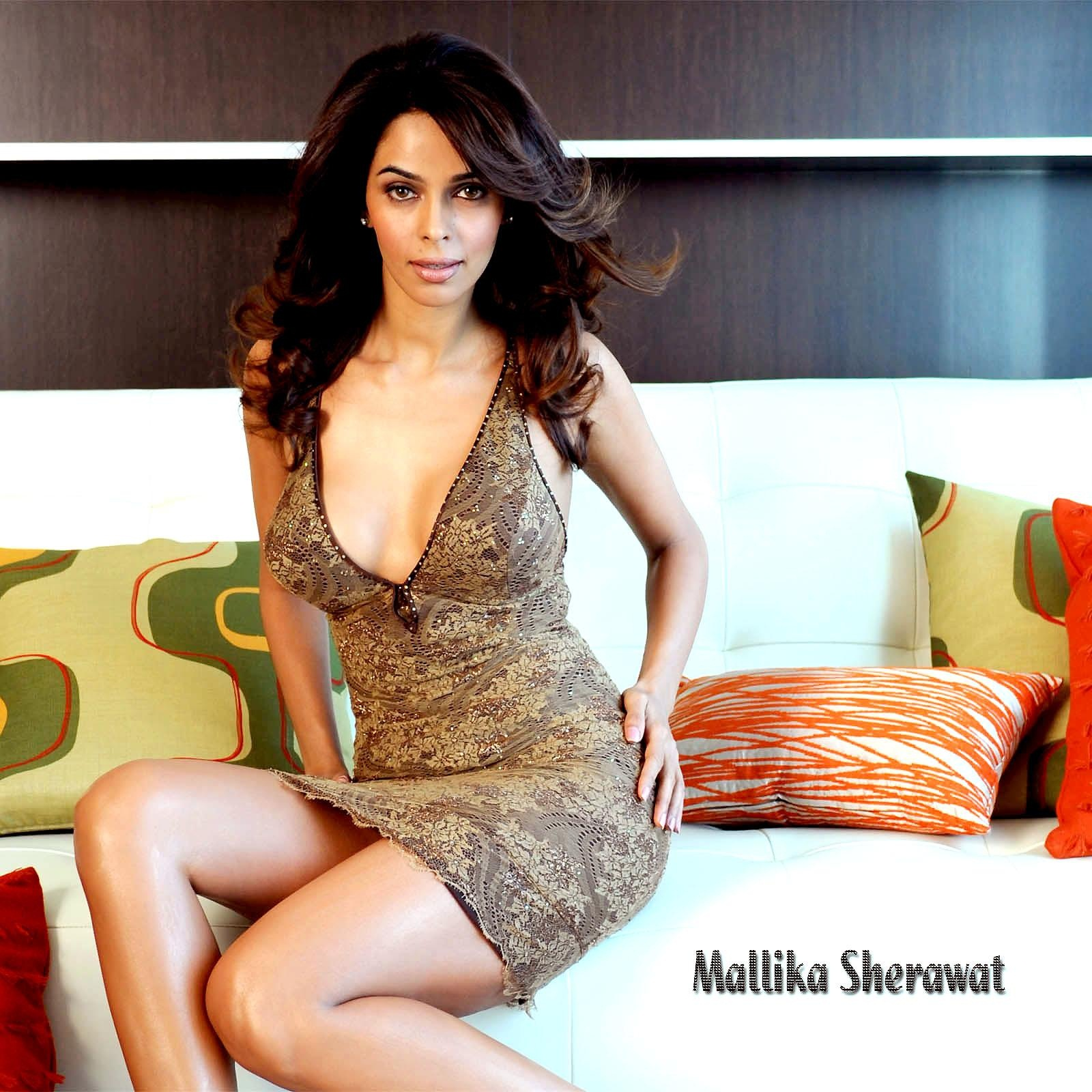 mallika sherawat hot hd wallpaper