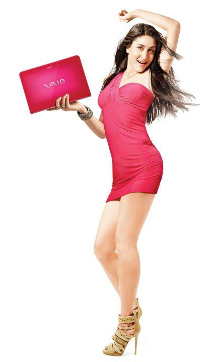 Kareena Kapoor In Sony Vaio Laptop Ad Wallpapers