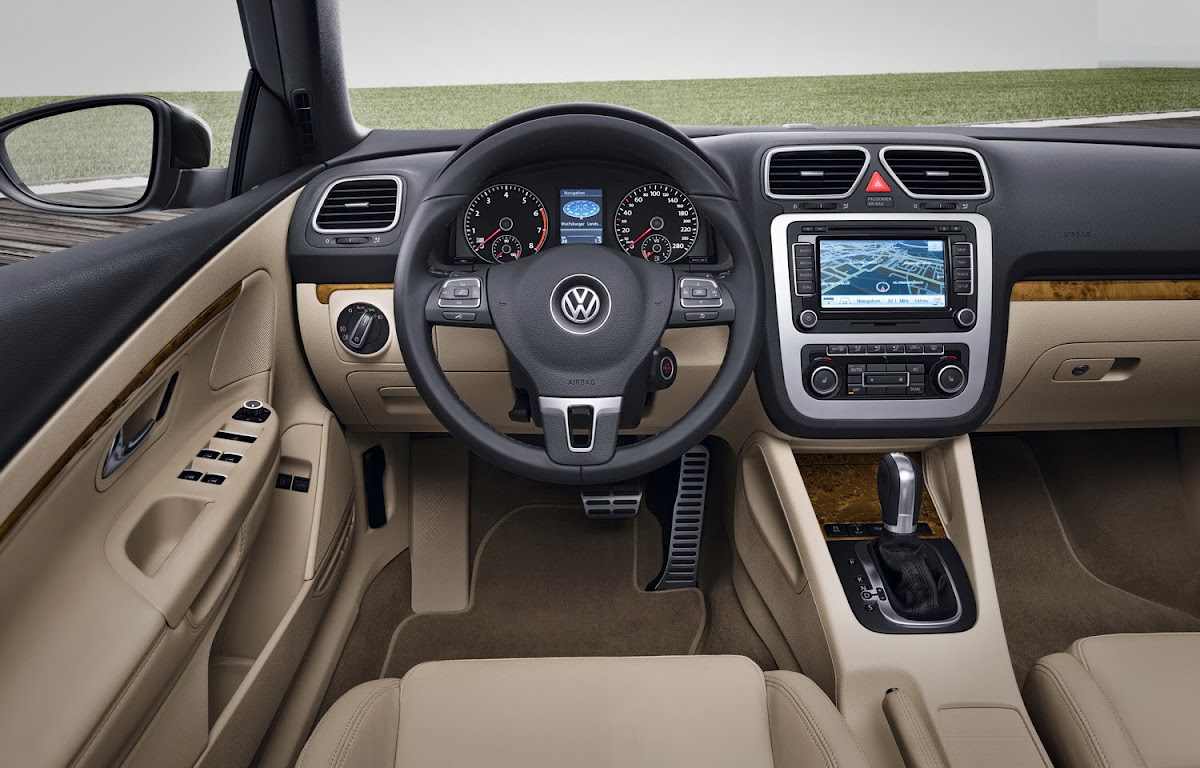 2011 Volkswagen EOS 0