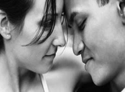O que fazer na hora do primeiro beijo