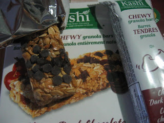 Filberts and Chocolate: Kashi Cherry Dark Chocolate Chewy Granola Bars