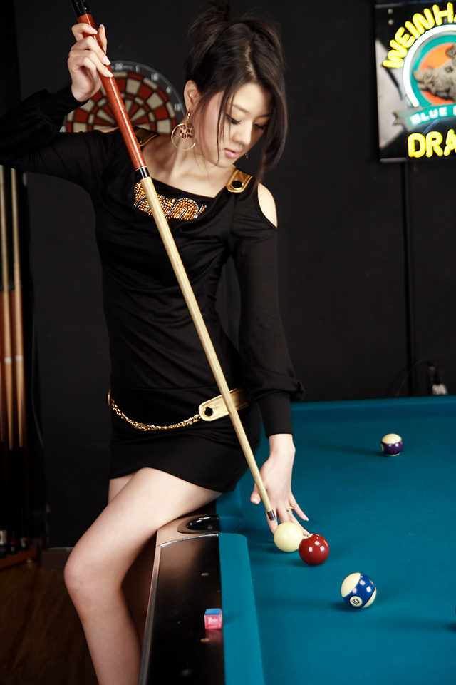 Model Hwang Mi Hee Playing Pool Photoshoot
