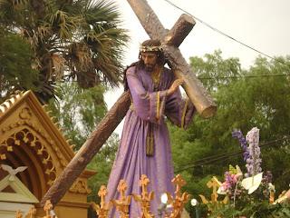 jesús, nazareno, nazaret, cruz, cuestas, tunica, morada, lila, tarde, domingo