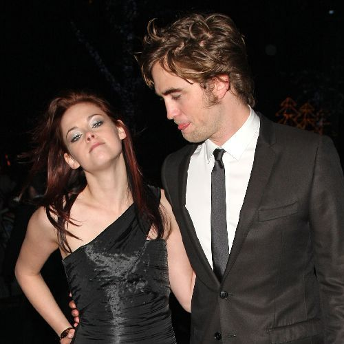 kristen stewart smoking a bowl. robert pattinson smoking.