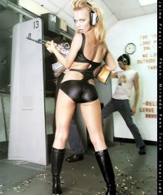 girls and guns pics