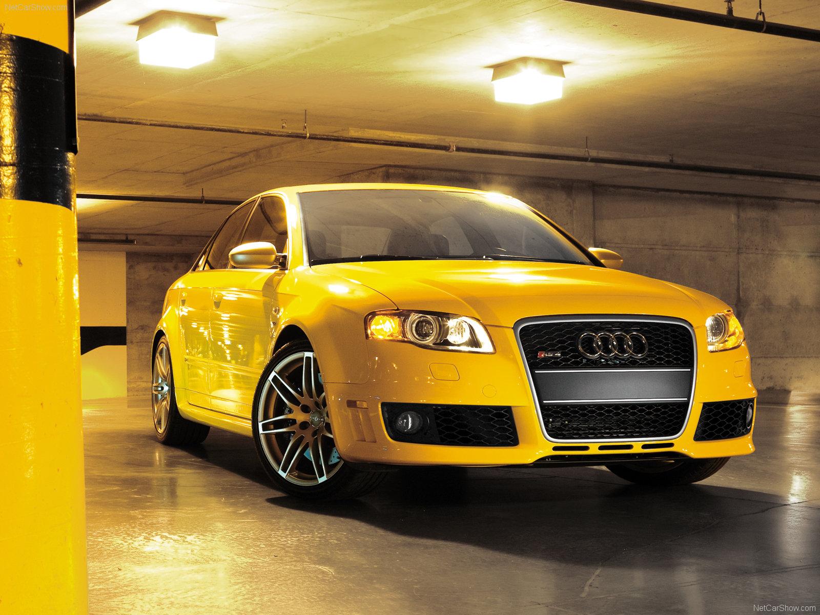 http://4.bp.blogspot.com/_Iq1fkO6qus0/TSThz3Ov2cI/AAAAAAAAAhg/xTdSQuOzppM/s1600/Audi-RS4-Wallpapers_0501201105.jpg