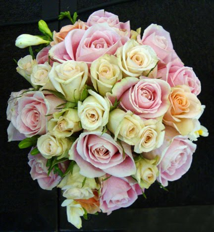 Green And Pink Roses LeLe Floral: Gr...