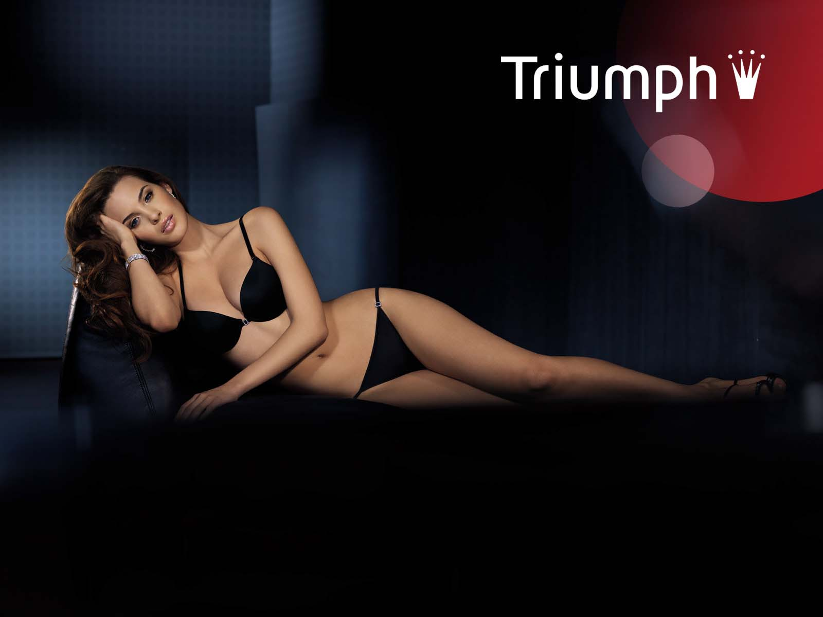 A MILLION OF WALLPAPERS TRIUMPH INTERNATIONAL LINGERIE WALLPAPERS