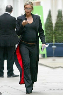 Style Meanderings: Victoria Beckham, Pregnant!