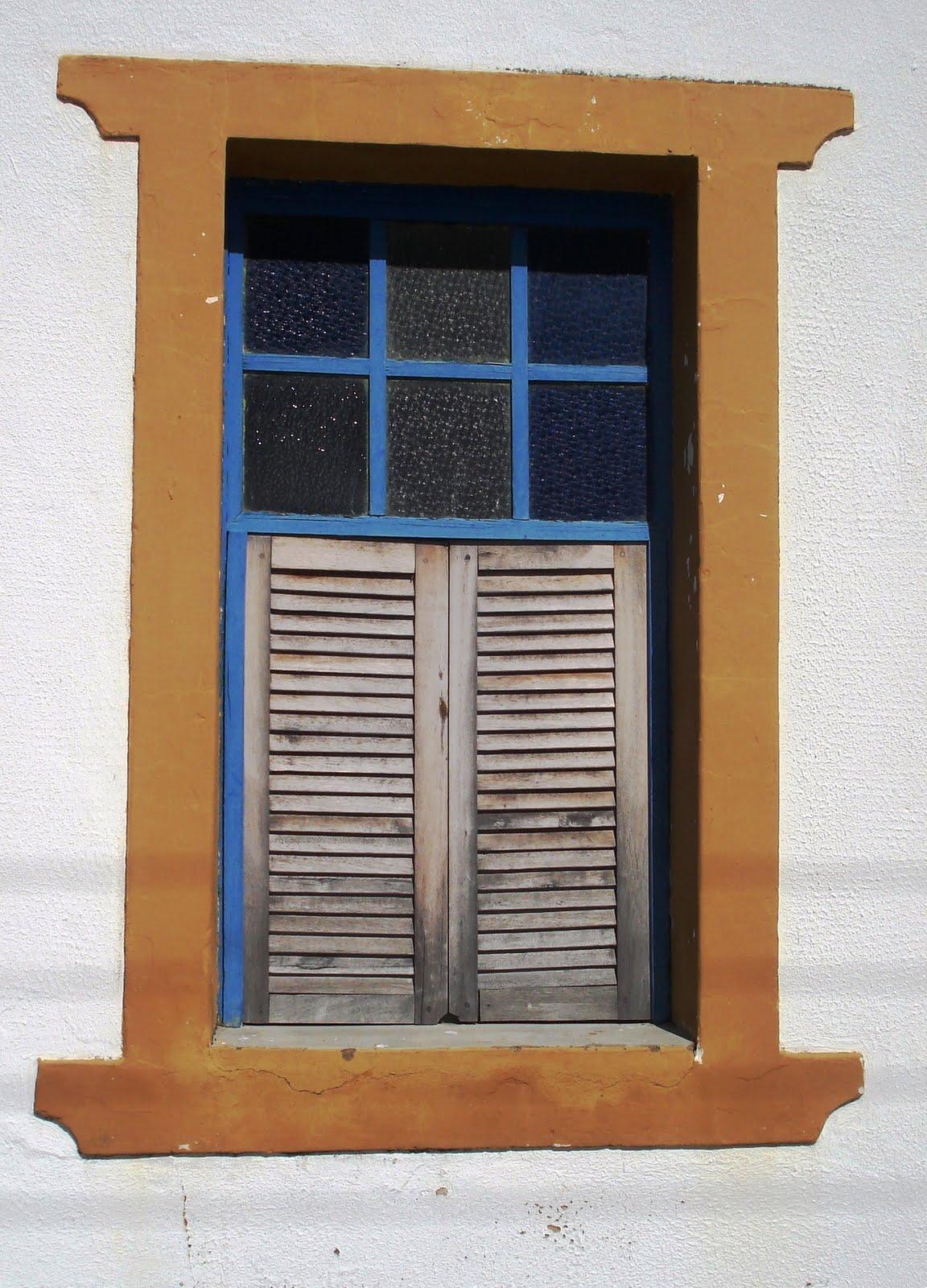 #356096 KAKI AFONSO Arquitetura: As janelas de Oeiras colonial. 474 Janelas Duplas Madeira