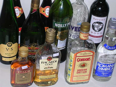 I seem to have a theme, dry wines, dry vermouth, dry gin - funny how it all seems so wet.