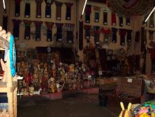 Sus tiendas