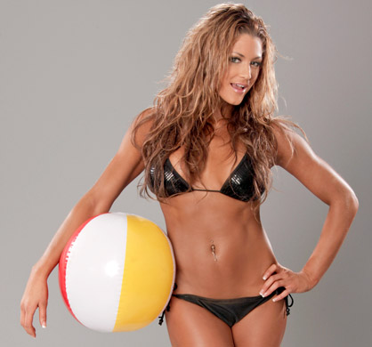 WWE Eve Feet http://texturas-blends.blogspot.com/2010/07/summer-divas-eve-torres.html