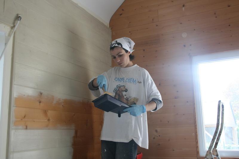 Notre mouazon peinture du lambris for Peindre lambris