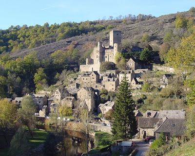 Midi-Pyrenées, A cidade medieval