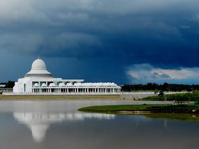 Мечети Малайзии