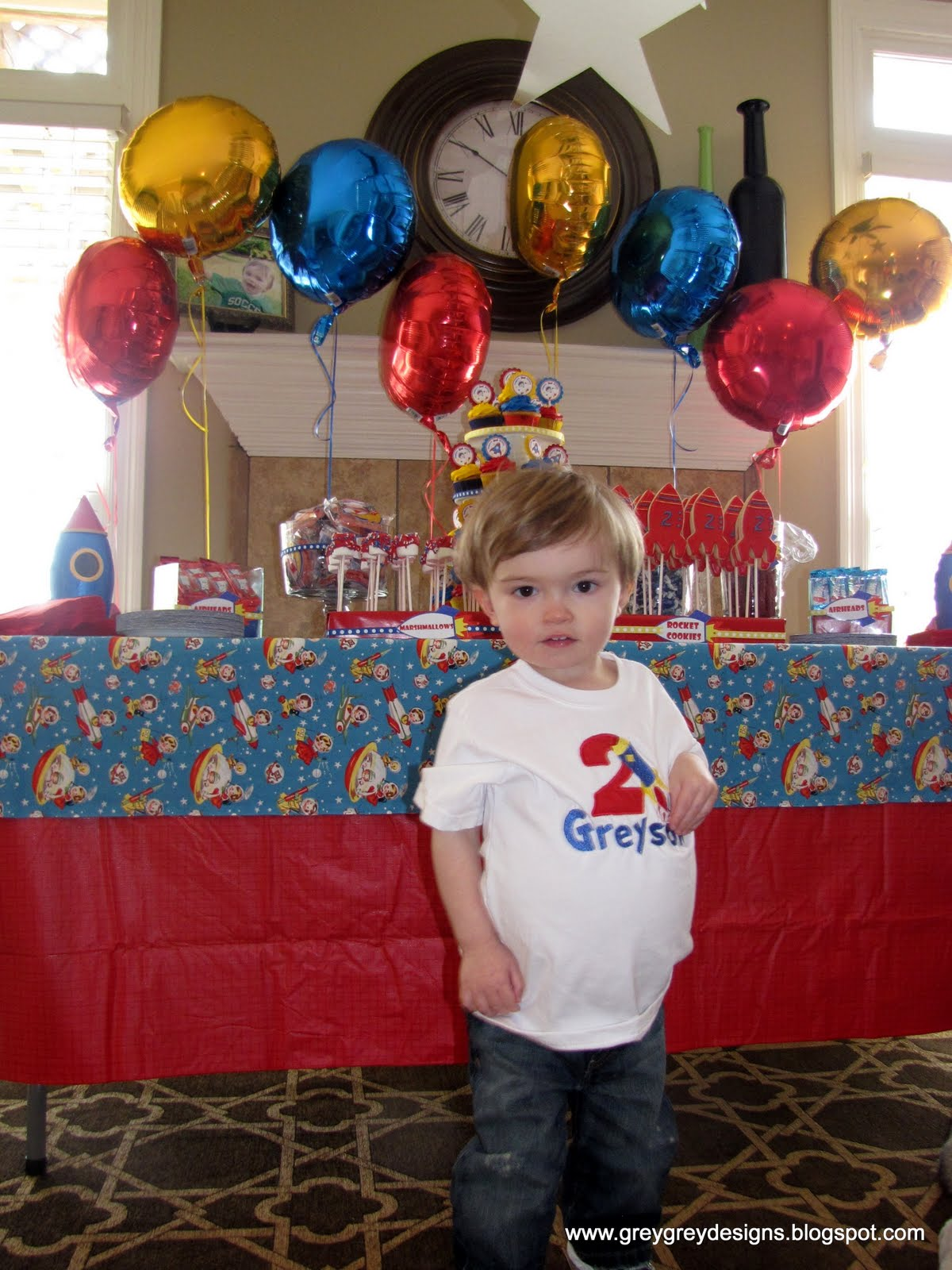 Greysons Retro Rocket 2nd Birthday Party