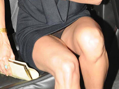 miley cyrus upskirt photos