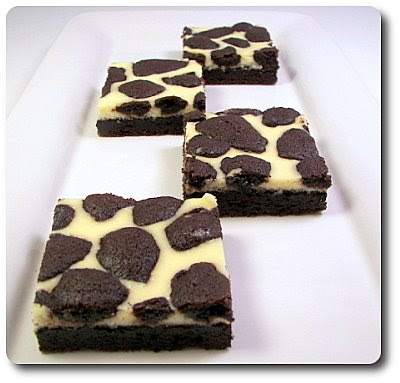 Culinary in the Desert: Black-and-White Cheesecake Squares